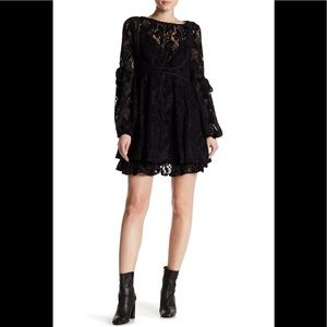 🆕 Free People lace mini dress